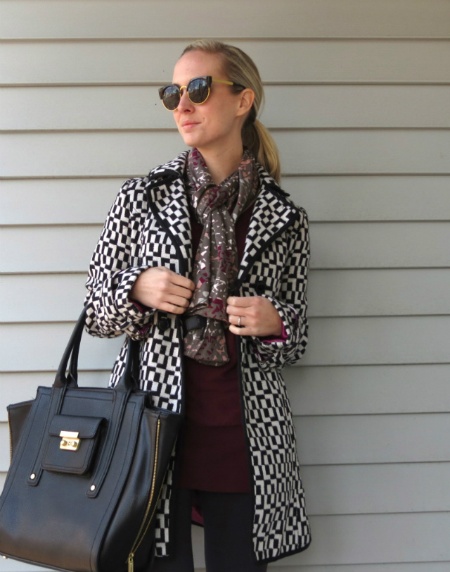 fleece lined leggings, wedge booties with leggings, printed coat, phillip lim for target tote bag, law school style blog