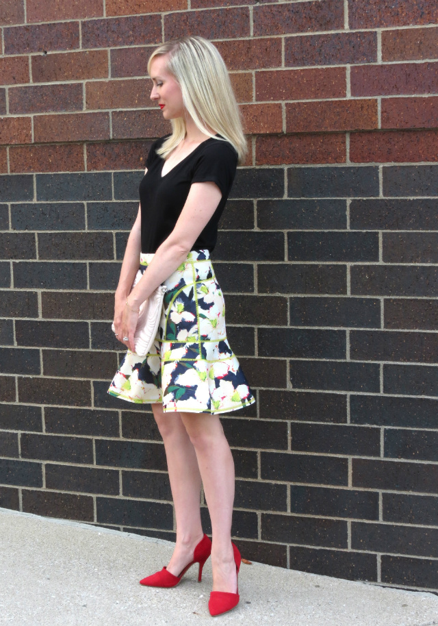 cove floral skirt, chinese laundry red suede d'orsay pumps, date night outfit