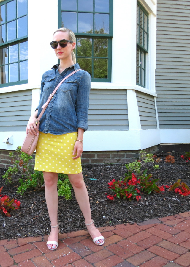 madewell chambray, ann taylor yellow pencil skirt, ann taylor nude sandals, kate spade knot ring, indianapolis style blog