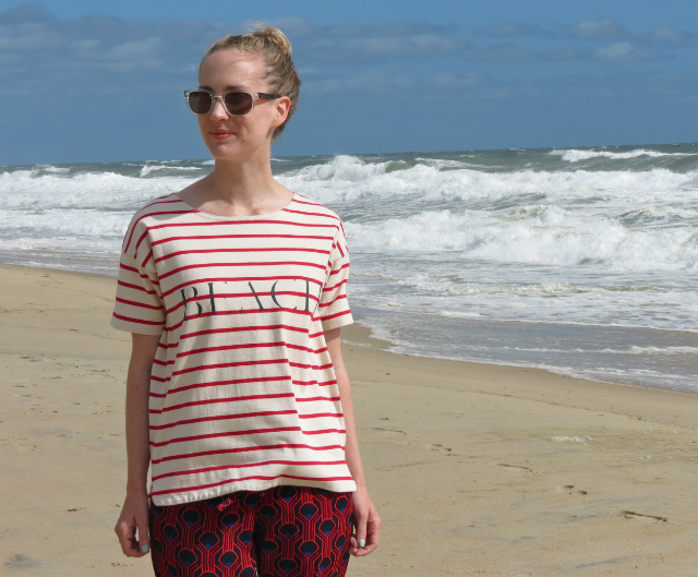 madewell beach tee, printed pants, beach outfit, outer banks