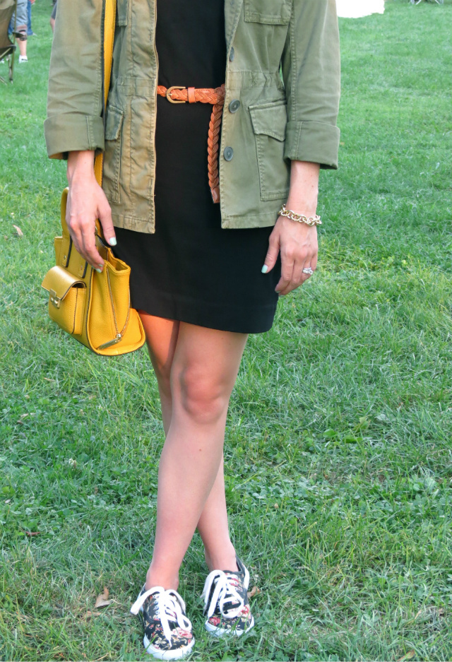 madewell army jacket, phillip lim for target bag, madewell hepcat sunglasses, festival wear, warmfest